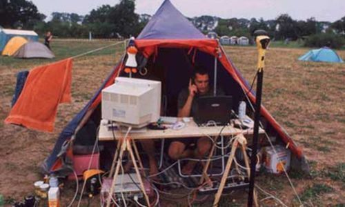 Creative Camping - These People Either Have No Idea What Theyre Doing, Or Theyre Geniuses!