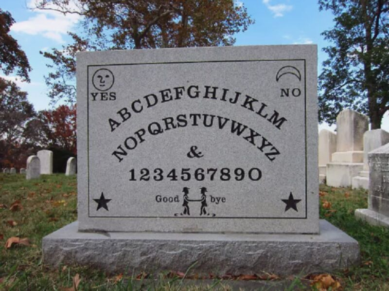 13 Funny Tombstones For People Who Always Get The Last Laugh